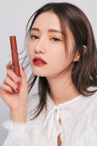 Son 3CE Velvet Lip Tint # Near and dear...