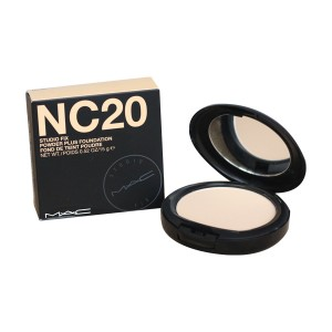 Phấn Phủ MAC Studio Fix Powder Plus Foundation NC20