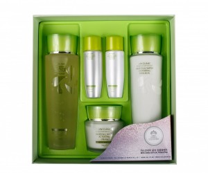 Set 3W Clinic Aloe Full Water Activating Skin Care